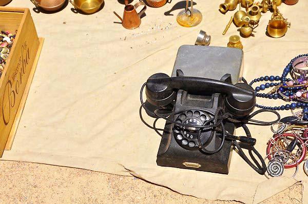 Telefone-antigo-manivela